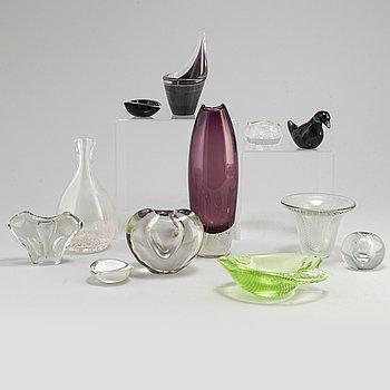 Twelve Finnish glas items from Iittala and Nuutajärvi Notsjö. Kaj Franck, Timo Sarpaneva, Tapio Wirkkala et al.
