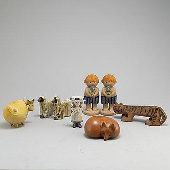 LISA LARSON, eight stoneware figurines from Gustavsberg.