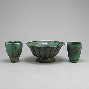WILHELM KÅGE, a stoneware 'Argenta' bowl and two vases from Gustavsberg.