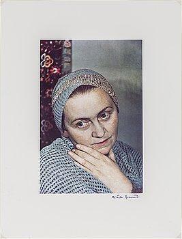 GISÈLE FREUND,  fotografi signerat och stämplat, porträtt av Adrienne Monnier.