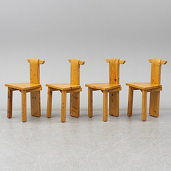 A set of four pinewood chairs, late 20th Century.