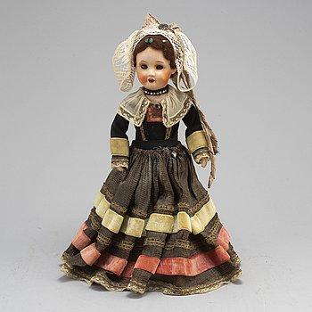 a late 1800's SFBJ doll, Paris.