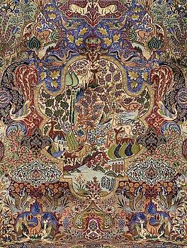 A CARPET, Figural Kashmar, ca 400 x 301 cm.
