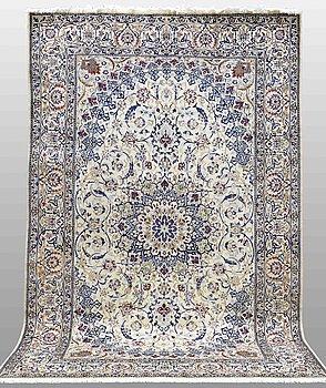 A CARPET, Nain part silk, s.k 9 LAA, 317 x 208 cm.