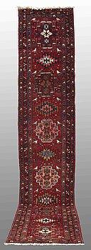 A RUNNER, Karadja, ca 420 x 78 cm.