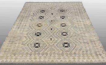 A carpet, Kilim, ca 260 x 181 cm.