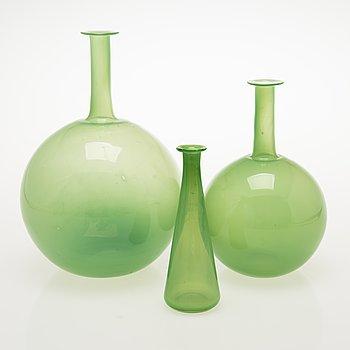 NANNY STILL Three Tzarina Bottles / Decanters, Riihimäen Lasi Oy, 1960s.