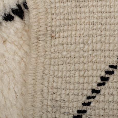 A rug, morocco, 138 x 100 cm.