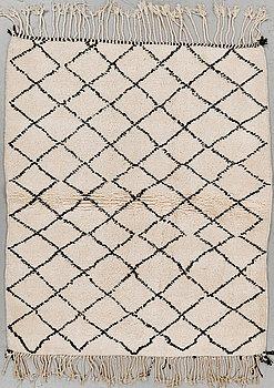 MATTA, Marocko, 146 x 124 cm.