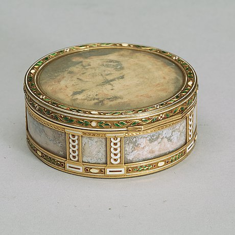 A fabergé gold, enamel and miniature box, workmaster henrik wigstrom, st. petersburg 1899-1908. scratched inventory no.