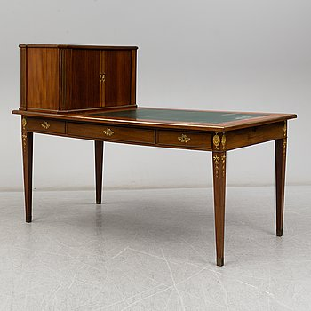 An early 20th century late gustavian style writing desk.
