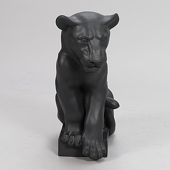 PIA LANGELUND, sculpture, porcelain, Royal Copenhagen, Danmark.
