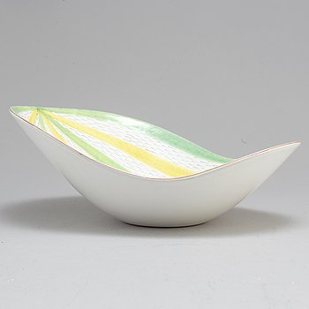 A second hafl fo the 20th century ceramic bowl by Stig Lindberg for Gustavsberg.