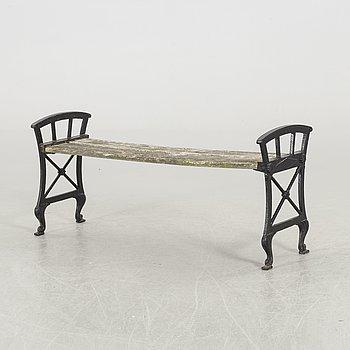 FOLKE BENSOW, a cast iron garden bench.