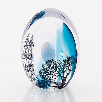 ELLA VARVIO, A glass sculpture, signed Ella Varvio 2017.