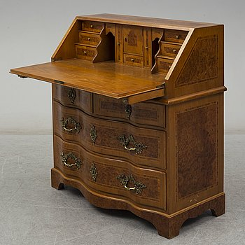 A mid 20th century secretaire.