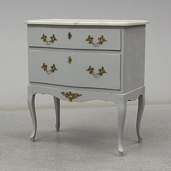 A Rococo style chest of drawers, second half of the 20th century.