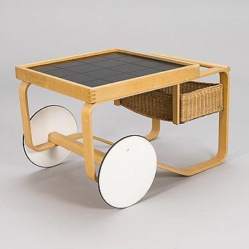 ALVAR AALTO, A 1960s-70s tea trolley model '900 for Artek.