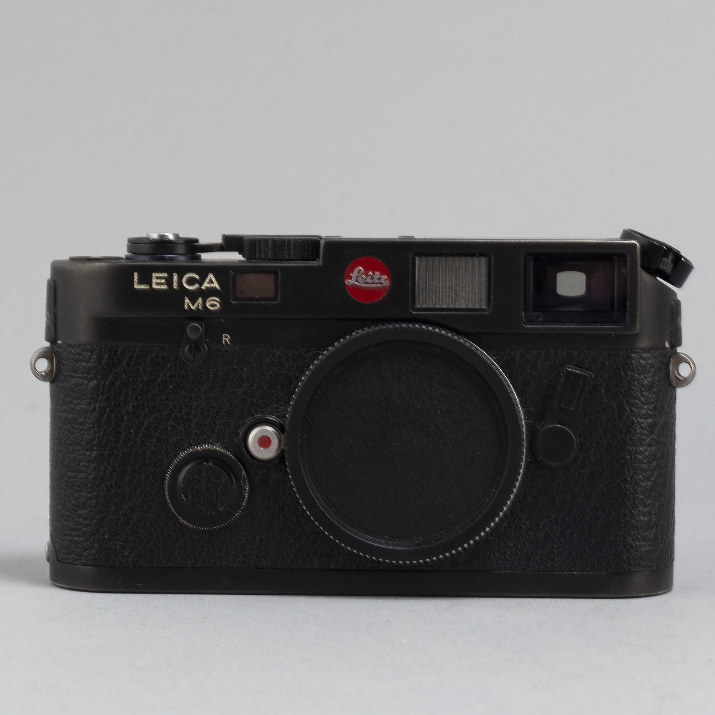 561be8ea7db1 A Leica M6 body with a Summilux 1:1.4/50. - Bukowskis