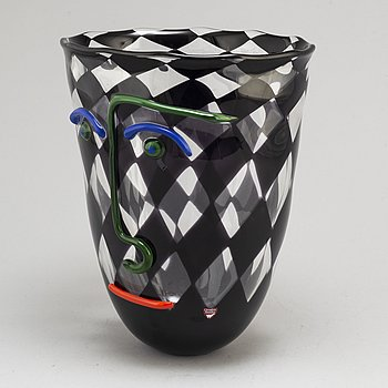 ANNE NILSSON, a glass vase from Orrefors Gallery, signed and dated -90.