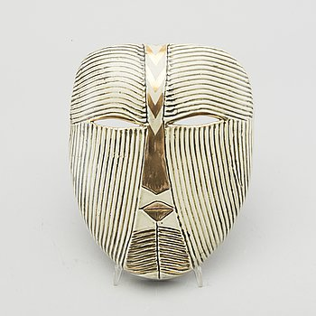 A Lisa Larson glazed ceramic mask signed.