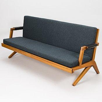 OLAVI HÄNNINEN,  A 1960s 'Bumerang' sofa for HMN Huonekalu Mikko Nupponen, Lahti, Finland.