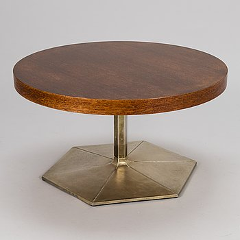 VOITTO HAAPALAINEN, A 1972 'Prisma' coffee table for Tehokaluste Oy.