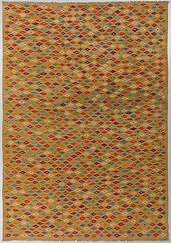A carpet, Kilim, ca 293 x 196 cm.