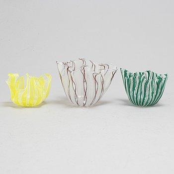 FULVIO BIANCONI & PAOLO VENINI, a set of three glass bowls, Venini Murano.