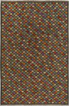 MATTA, Kelim, ca 296 x 196.