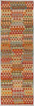 GALLERIMATTA, Kelim, ca 240 x 76 cm.