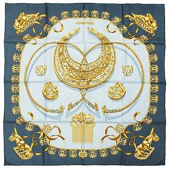 HERMÉS, a 'Les Cavaliers d'Or' silk scarf.