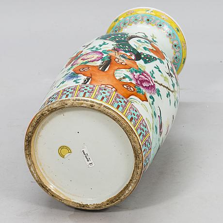 Large urn, porcelain, famille rose, china, 19th century