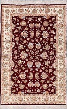 MATTA, Täbris, part silk, ca 301 x 195 cm.