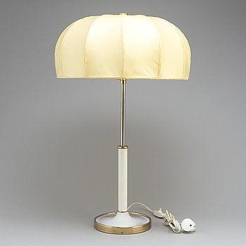 JOSEF FRANK, a model 2466 table light from Svenskt Tenn.