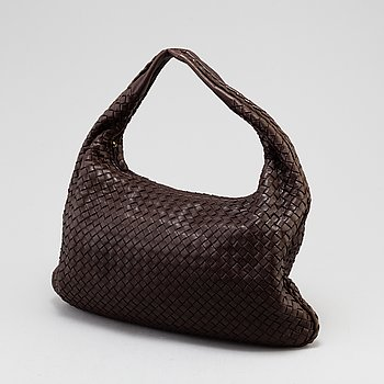 BOTTEGA VENETA, A 'Veneta' bag.