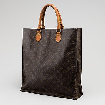 LOUIS VUITTON, a 'Sac Plât' bag.