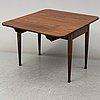 A george iii mahogany drop leaf table, circa 1800