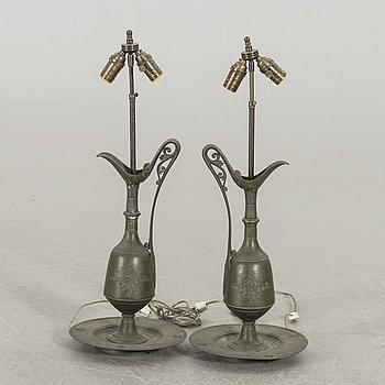 A PAIR OF TABLE LAMPS FROM THE FIRST HALF OF 20TH CENTURY.