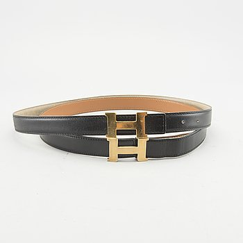 A set of two Hermès leather belts, length 74 and 90 cm.