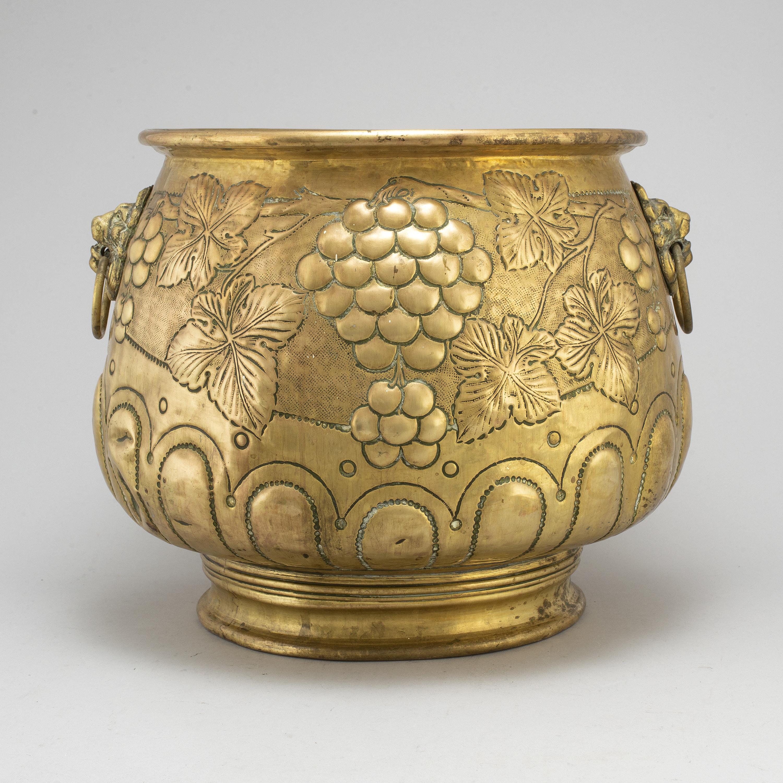 A 19th Century Large Brass Flower Pot Bukowskis