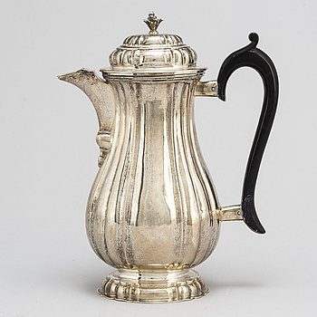 An Austrian silver coffee pot, Vienna 1731.