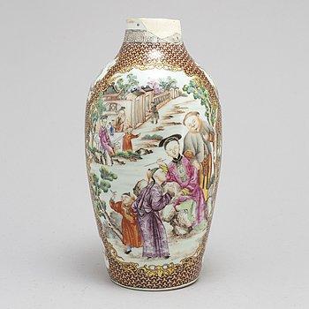 VAS, kompaniporslin. Qingdynastin, Qianlong (1736-95).