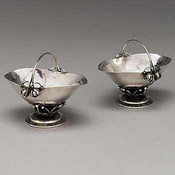 GEORG JENSEN, a pair of silver bowls, Copenhagen, Denmark 1920.