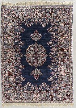 MATTA kirman old ca 223 x 138 cm.