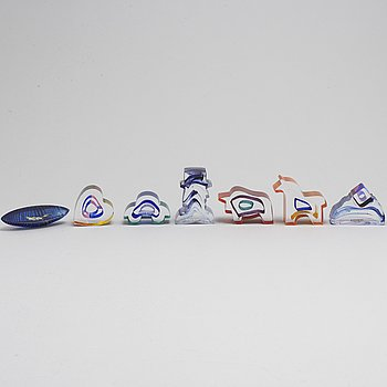 BERTIL VALLIEN, 7 glass sculptures, Kosta Boda, signed.