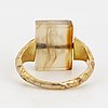 Agate and gold signet ring.