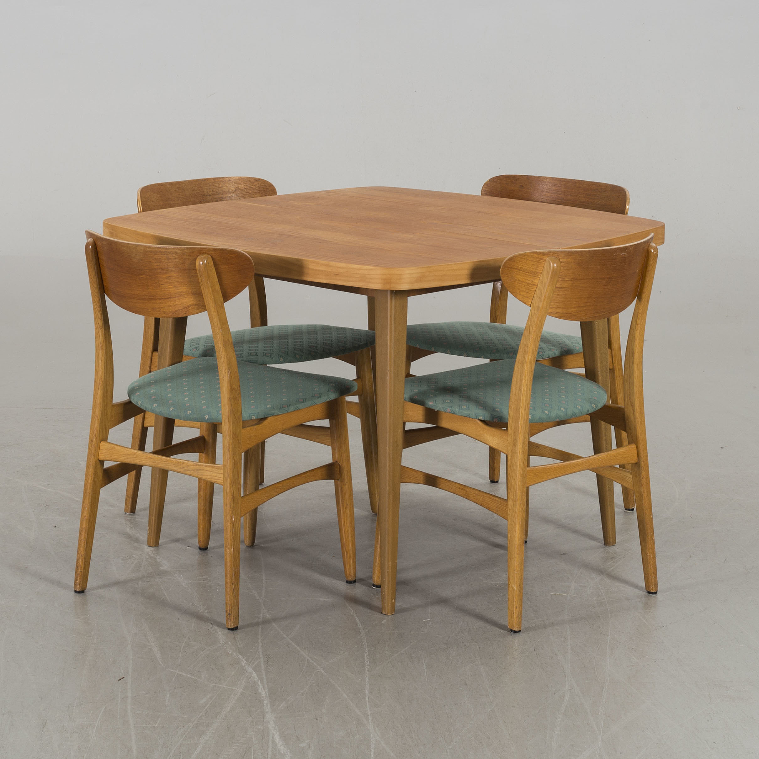 A Teak Veneered Dining Table From Treman Four Chairs Sweden 1950 S 60 S Bukowskis
