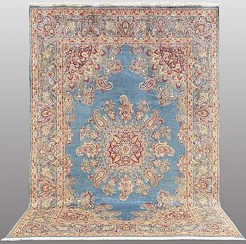 A CARPET, Kerman, ca 340 x 234 cm.