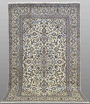 MATTA, Keshan, ca 318 x 198 cm.